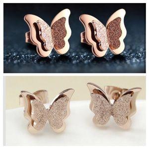 Jewelry - 🔆 Sweet rose gold sparkle butterfly earrings